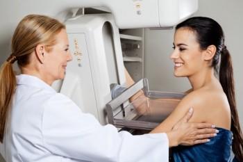 Brystforstørrelse og mammografi
